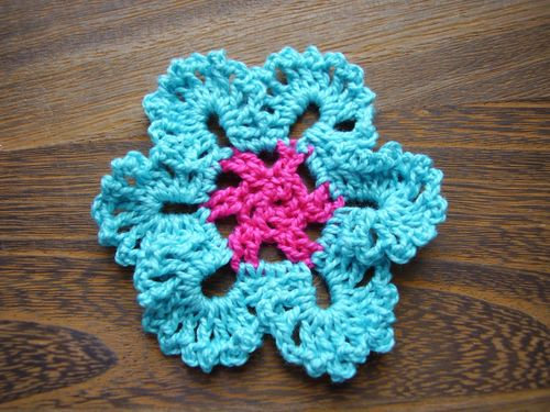 6ichthusfish: Crochet Flowers and Lace Trims...