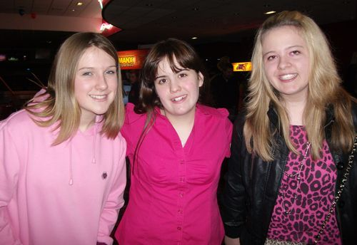 3 bowling girls