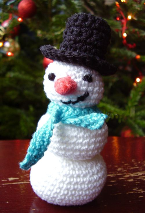 Snowman - Christmas at the cottage - ~ Bev's Country Cottage ~