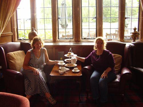 Afternoon tea girls
