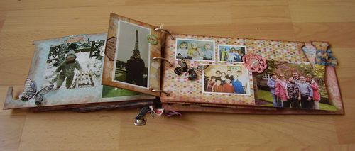 FAMILY mini book page front Y web