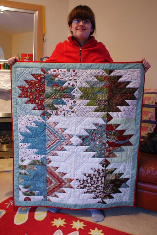 Lap quilt mountains web