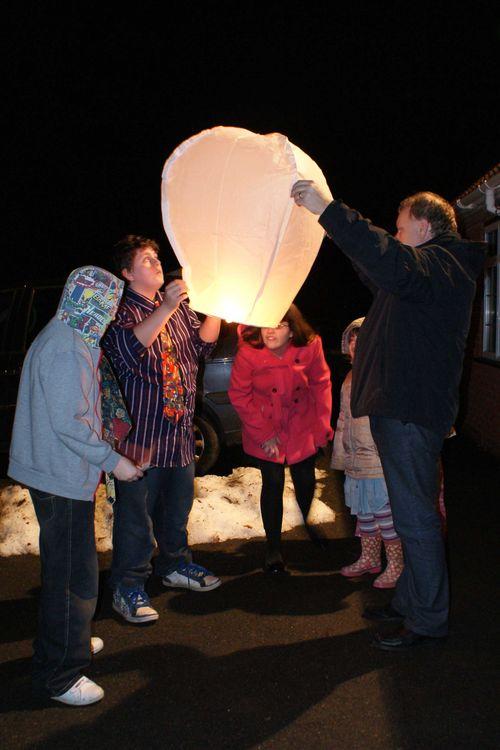 NYEve lantern web