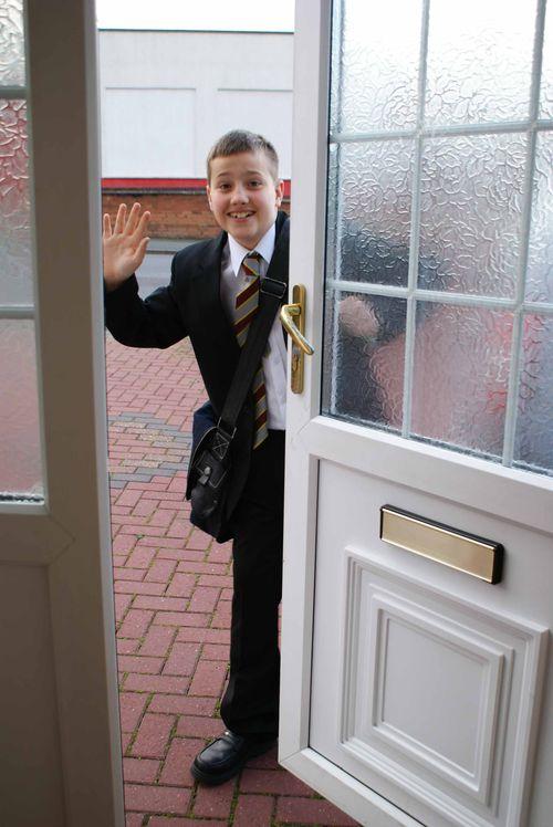 School waving web