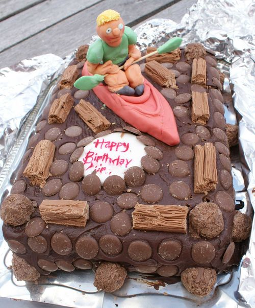Birthday canoe cake web