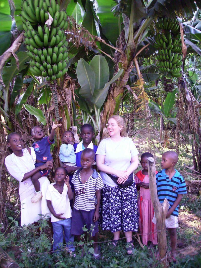 04 banana hunters web