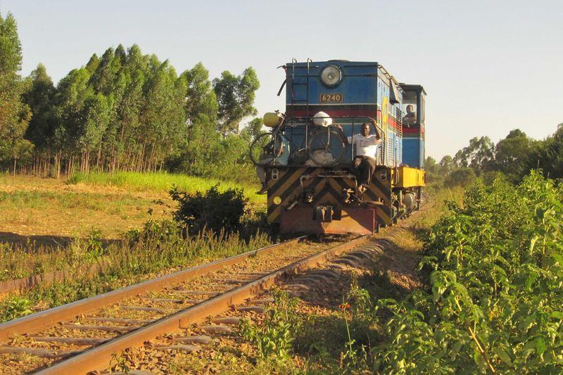 Kenya train web