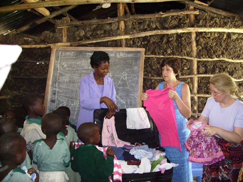 Clothes for orphans 1 web
