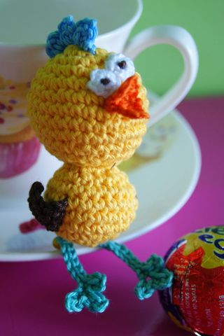 Amigurumi Crazy Chick teacup web