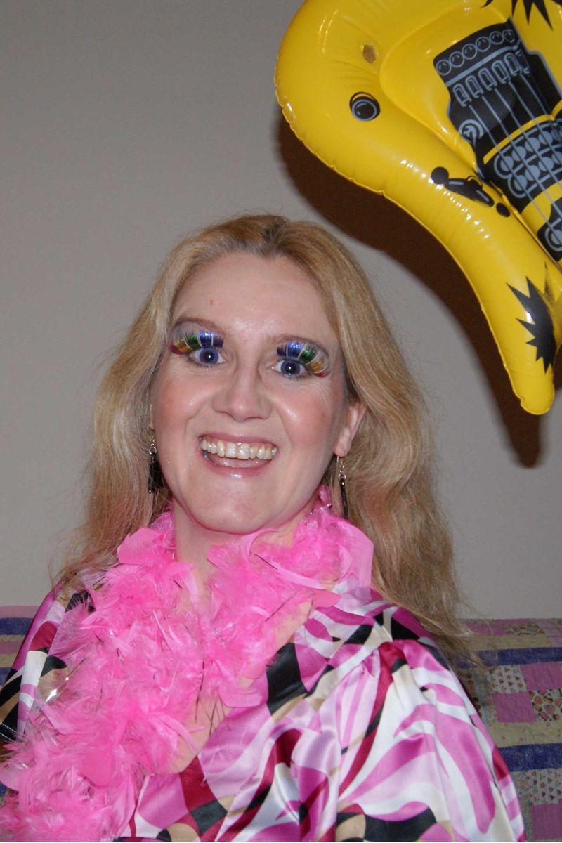 Mandy glam portrait web