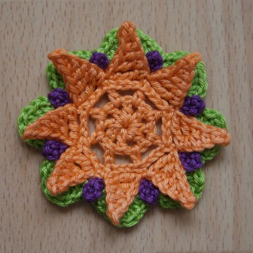 Stella Bloom Crochet Flower web