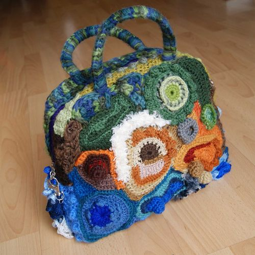 Crochet freeform bag sq web